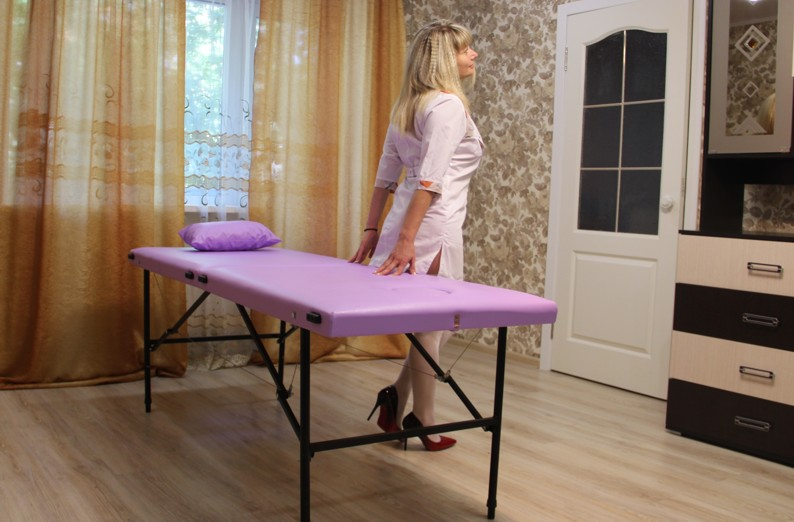 Влияние отдельных приёмов массажа на организм, как влияет массаж на организм человека, метод вибрации, метод постукивания, метод поглаживания, метод растирания, метод разминания
